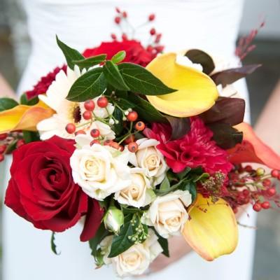 Ta Mill Wedding Venue, Launceston, Cornwall.  Flowers by Flower Scene. October